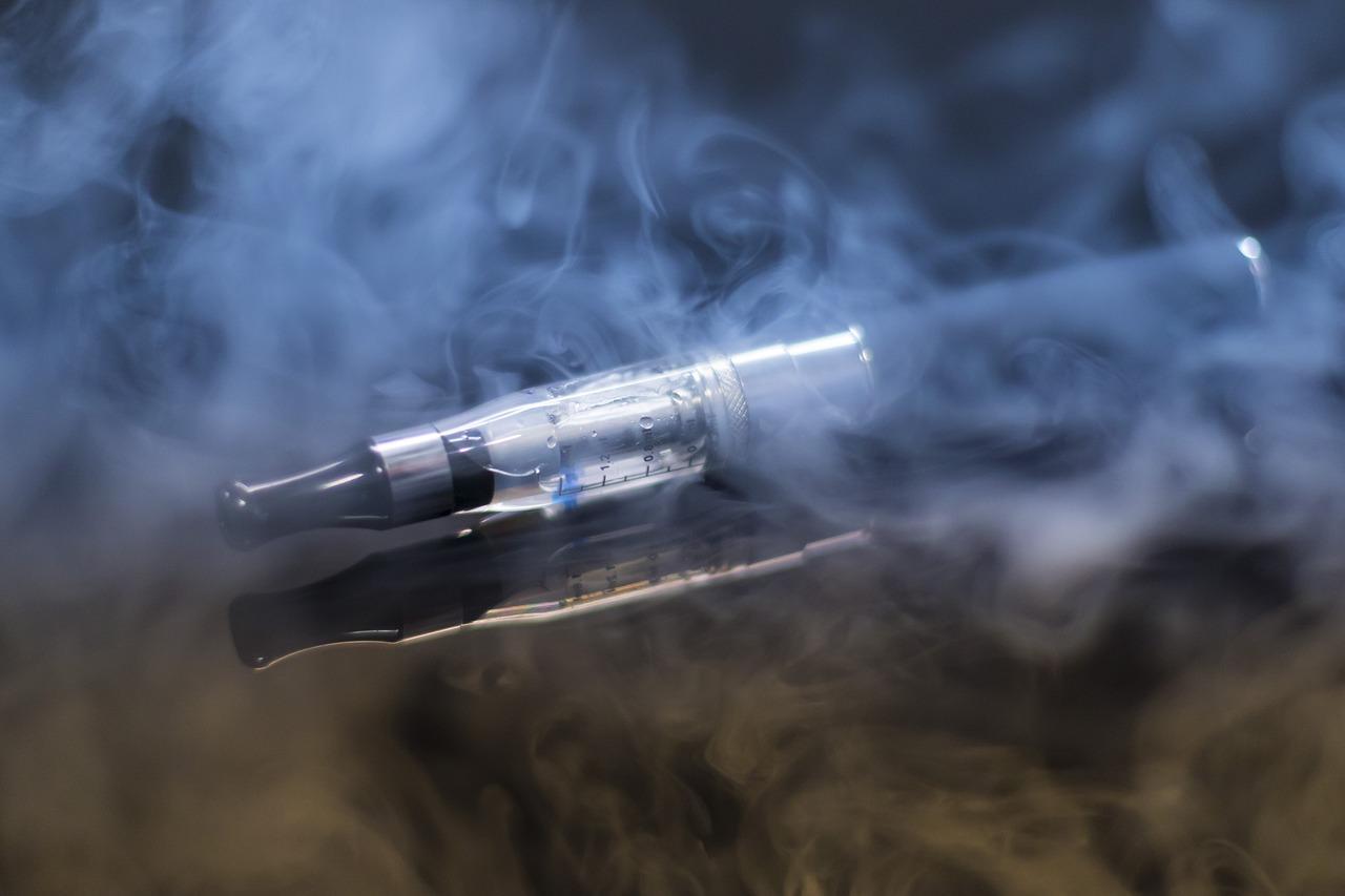 E-cigarette contre tabac